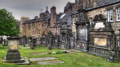 Kuburan Paling Seram