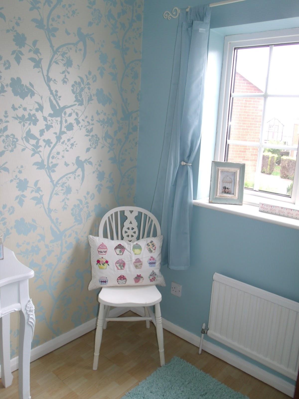 Living Room Wallpaper B&m - Living Room Design