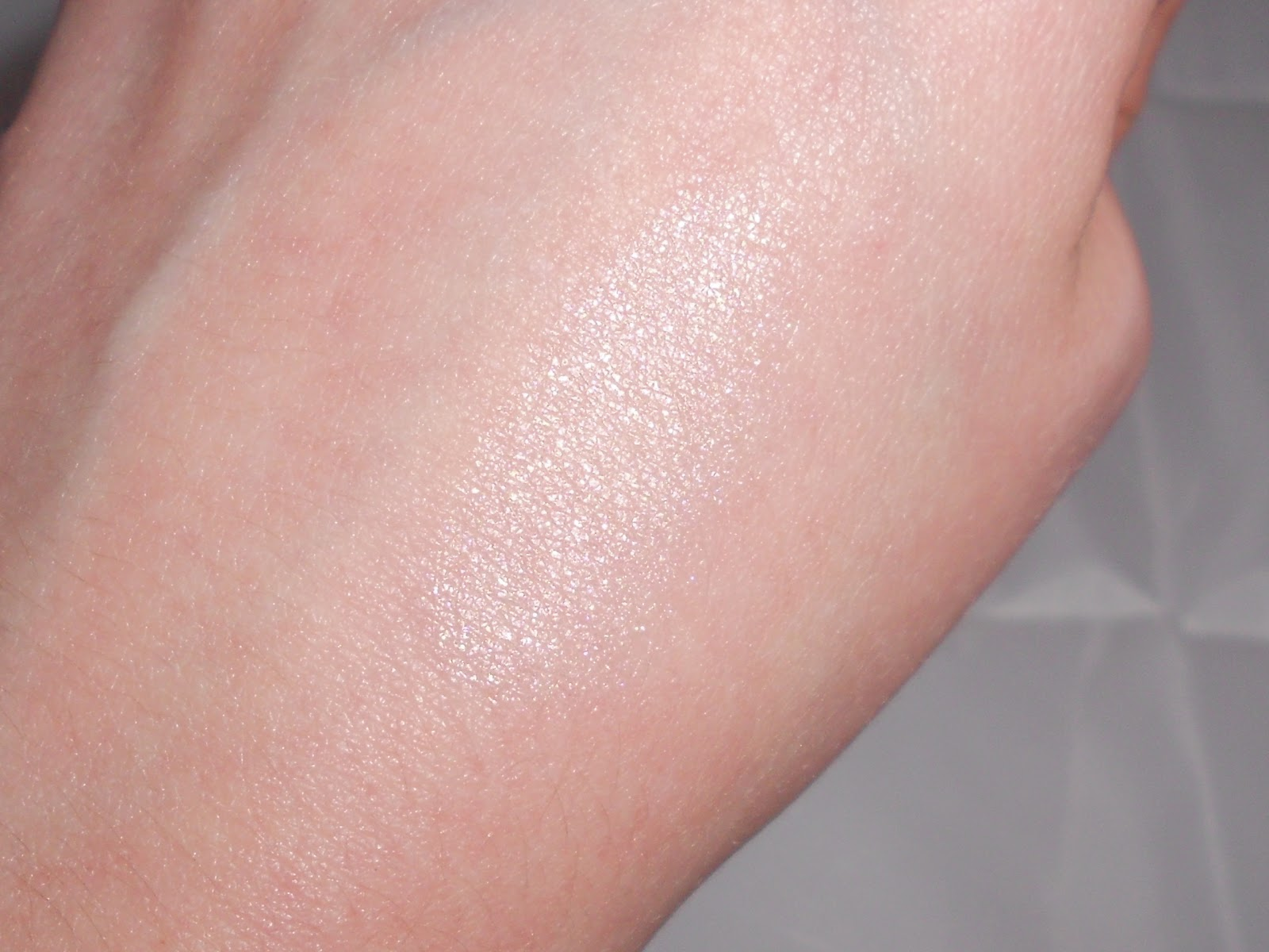 highlighter swatched on hand