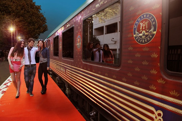 Choose from Special Departure in September to Live a Maharaja Life!