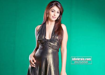 Hot Actress Anjana Sukhani Pictures
