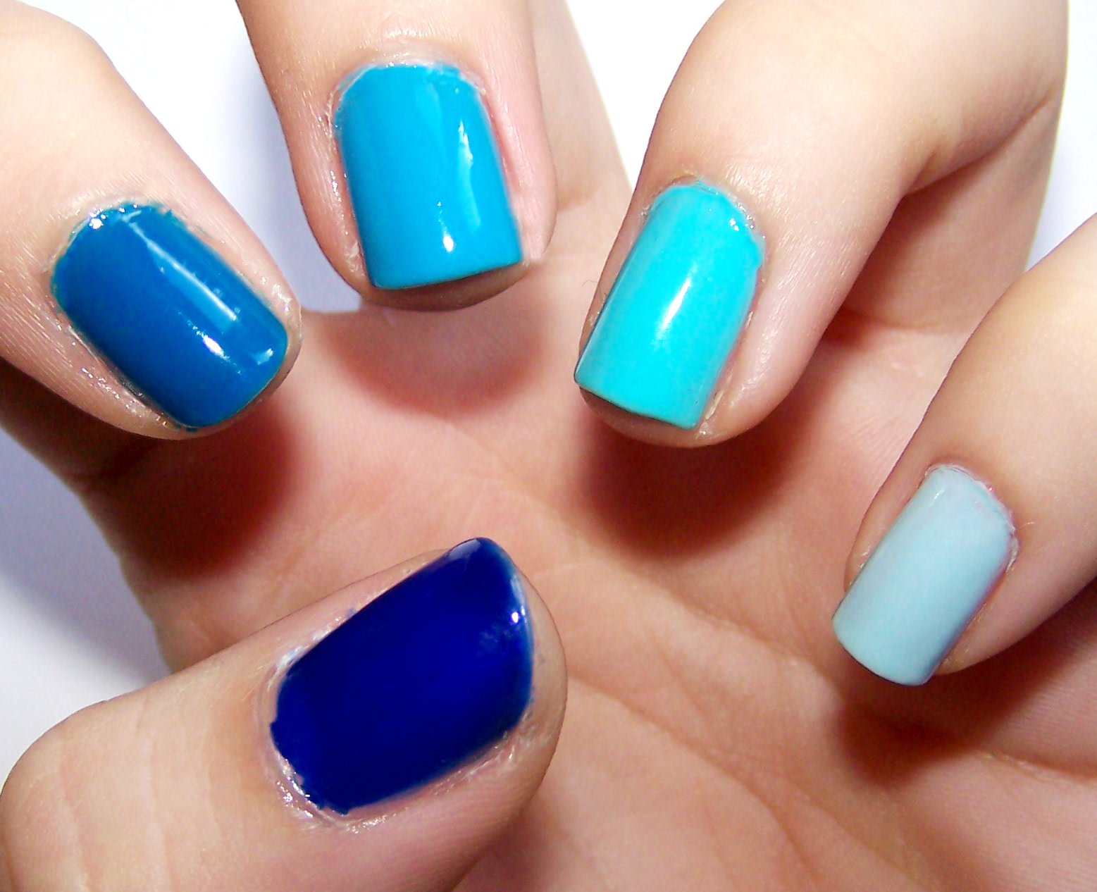 Blue Ombre Nails Tumblr - blue ombre nails pictures photos and ...