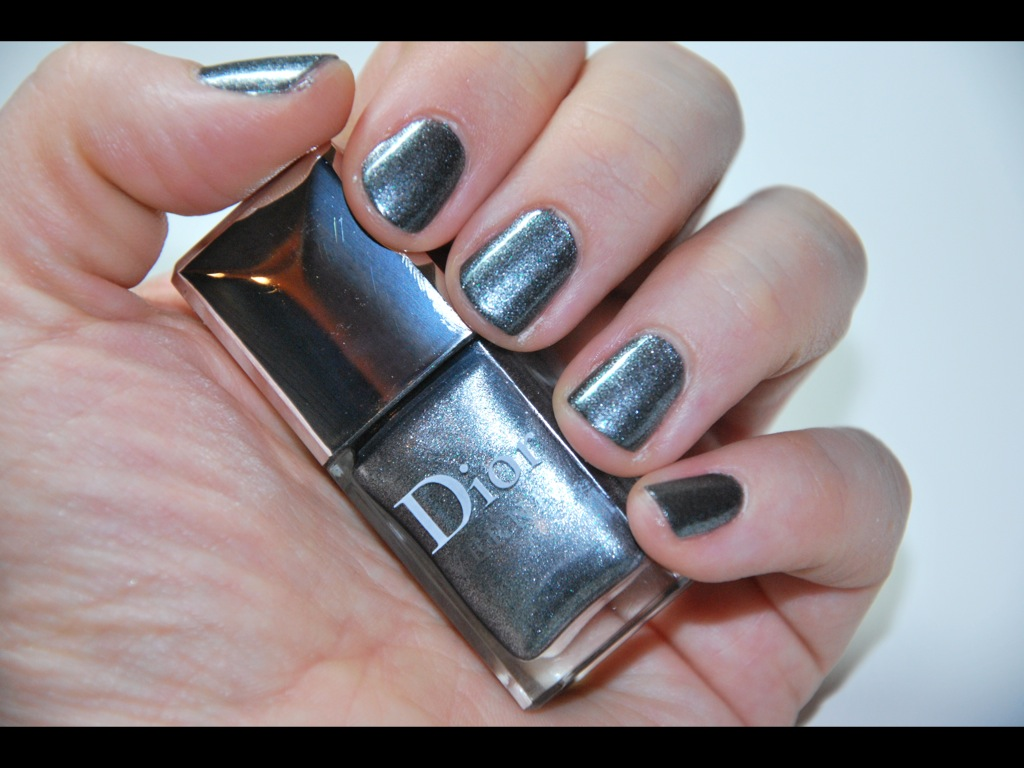 Schöne Nagellacke: Dior Metallic Silver 072