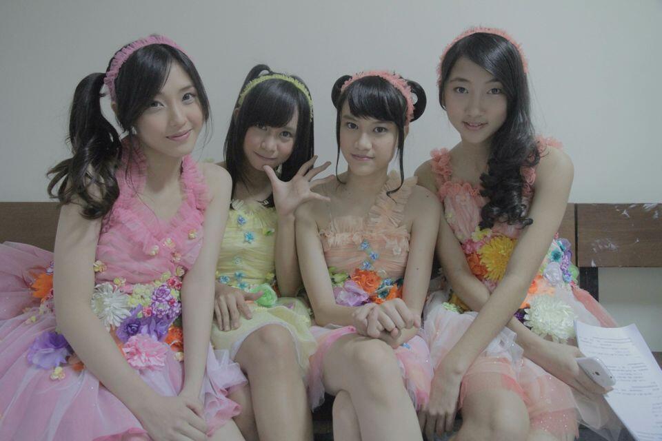 Kostum / Baju Perfom JKT48 itu itu aja ? THINK AGAIN ! | Myhafiezers