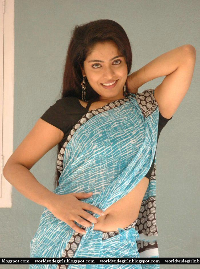 Masala actress Reshma sexy navel show in saree ~ World Wide Girlz