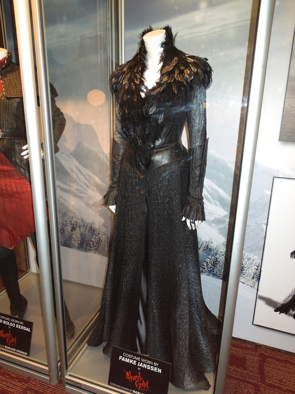 Grand witch Muriel costume Hansel Gretel Witch Hunters