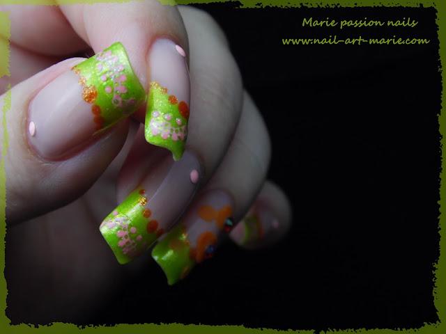 Nail Art French fleurie3