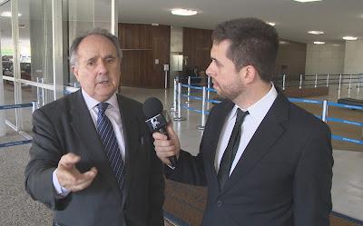 O senador Cristovam Buarque conversa com Maurício Meirelles - Divulgação/Band