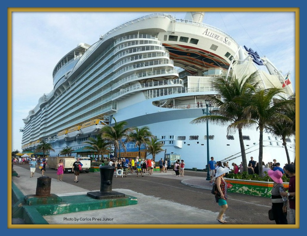 Linda with zoe 39 s cruises tours fun cruising tips photos nassau bahamas capital of the - Cruise port nassau bahamas ...