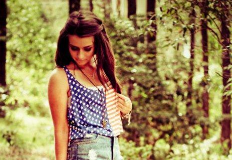 http://3.bp.blogspot.com/-rjo6Lp7LkqY/UOiGqA0AAhI/AAAAAAAAABU/SuHI9NBTUws/s1600/america-brunette-denim-fashion-forest-Favim.com-267898.jpg