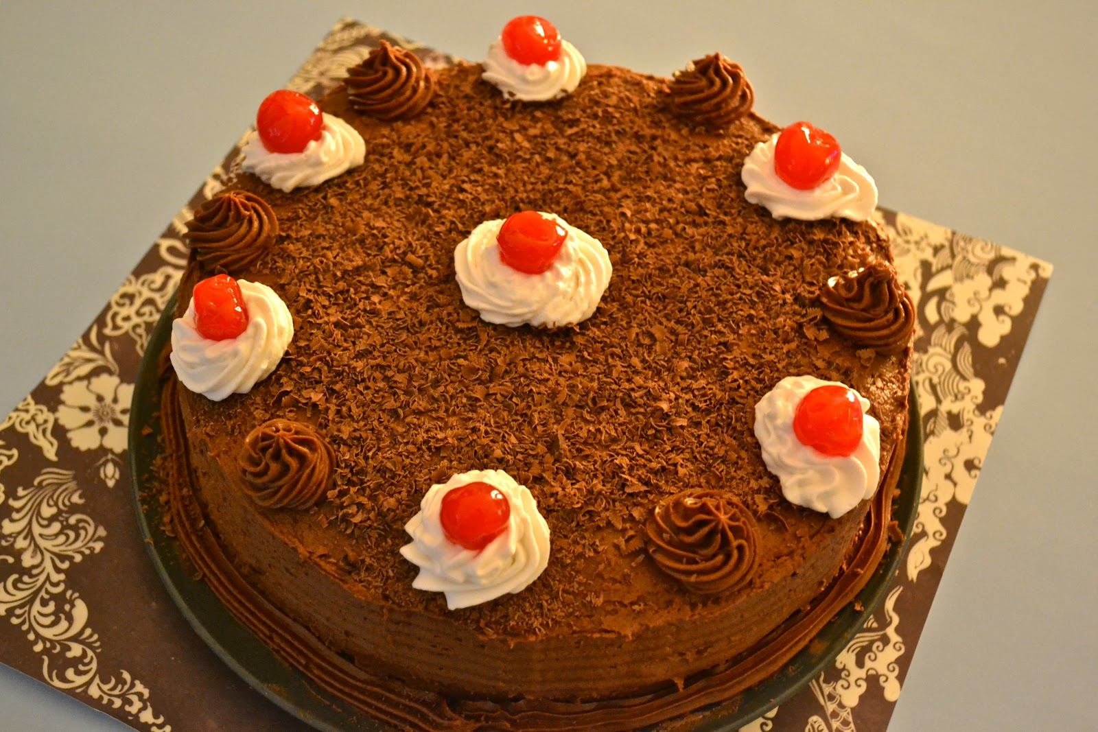 Cake Black Forest Birthday : Oishii Treats: Black Forest Cake