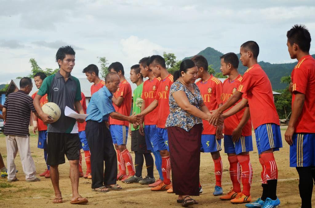 (L) Helkhomang Gangte Memorial Football Trophy