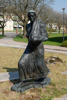 Mark, Marks kommun, Väverskan, Väverska, staty, offentlig konst, skulptur, Kinna, Skene