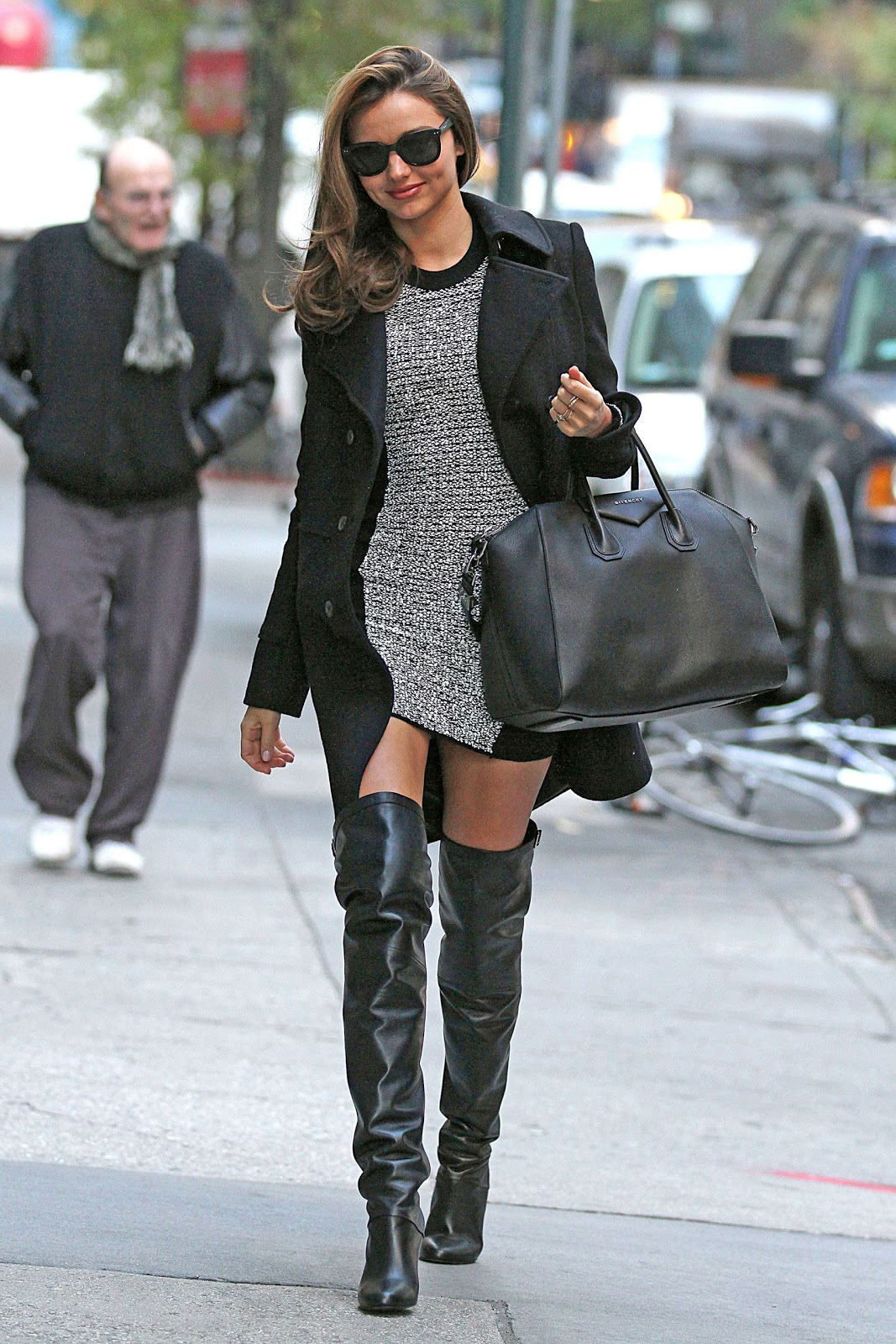 Top 10 celebrities in thigh high boots | GlamorousHeels.com