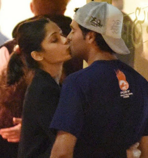 On October 12, a week before her birthday Freida Pinto went to Fogo de Chao restaurant in Beverly Hills, with Ronnie Barcardi. The couple went for a stroll after dinner and Freida Pinto was photographed by candid camera  kissing Ronnie Barcardi and hugging him by his waist.