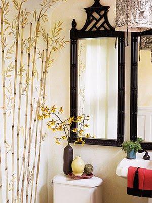 decorar baño con papel pintado y bambú
