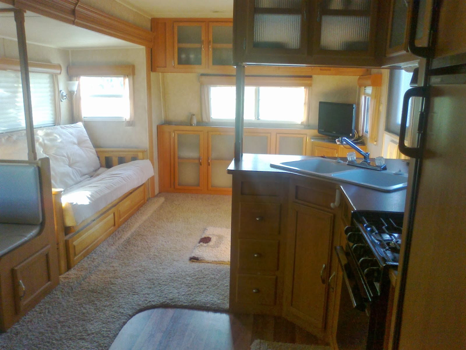 American Rv 5th Wheel Caravan And Travel Trailer Sales And Storage Costa Blanca Spain