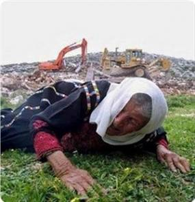 Pasukan zionis Israel mengumumkan akan menghancurkan sejumlah rumah keluarga Muslim di Al-Khalil