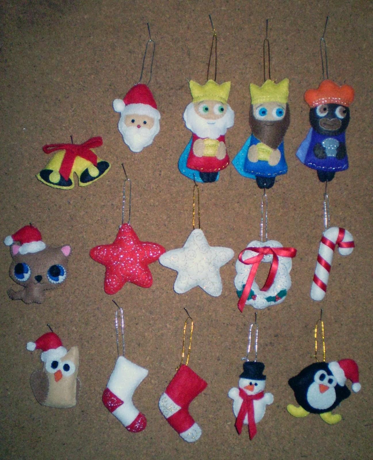 Navidad con patrones esferas - Adornos con fieltro ...