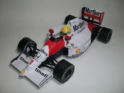 McLaren MP4-6 Senna