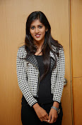 chandini chowdary new glamorous photos-thumbnail-2
