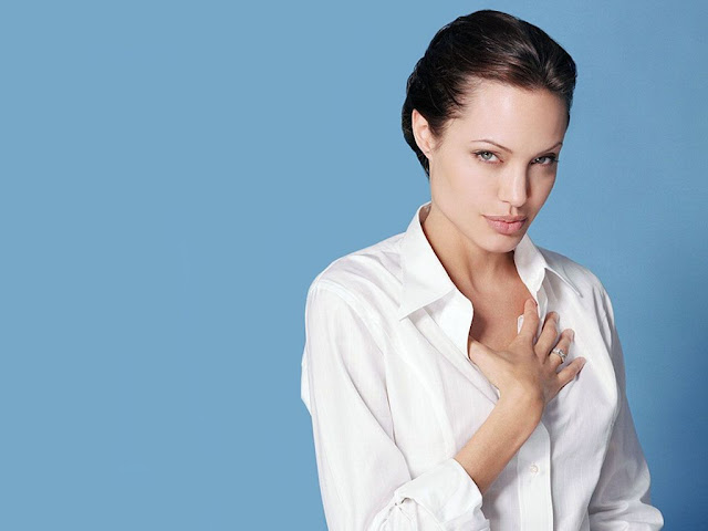 Hot Angelina Jolie Pictures