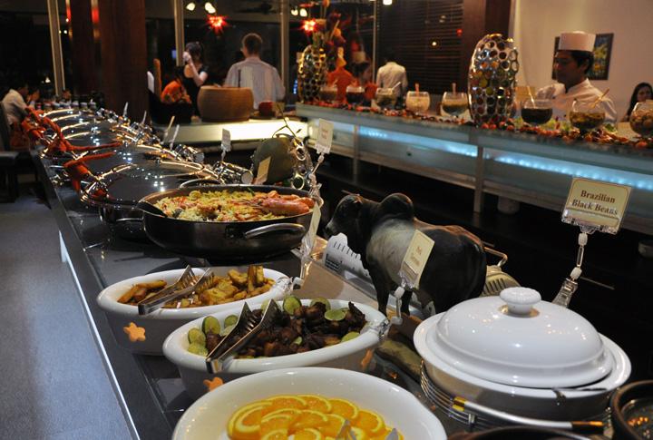 Eating in phnom penh bbq buffet at samba for Samba buffet