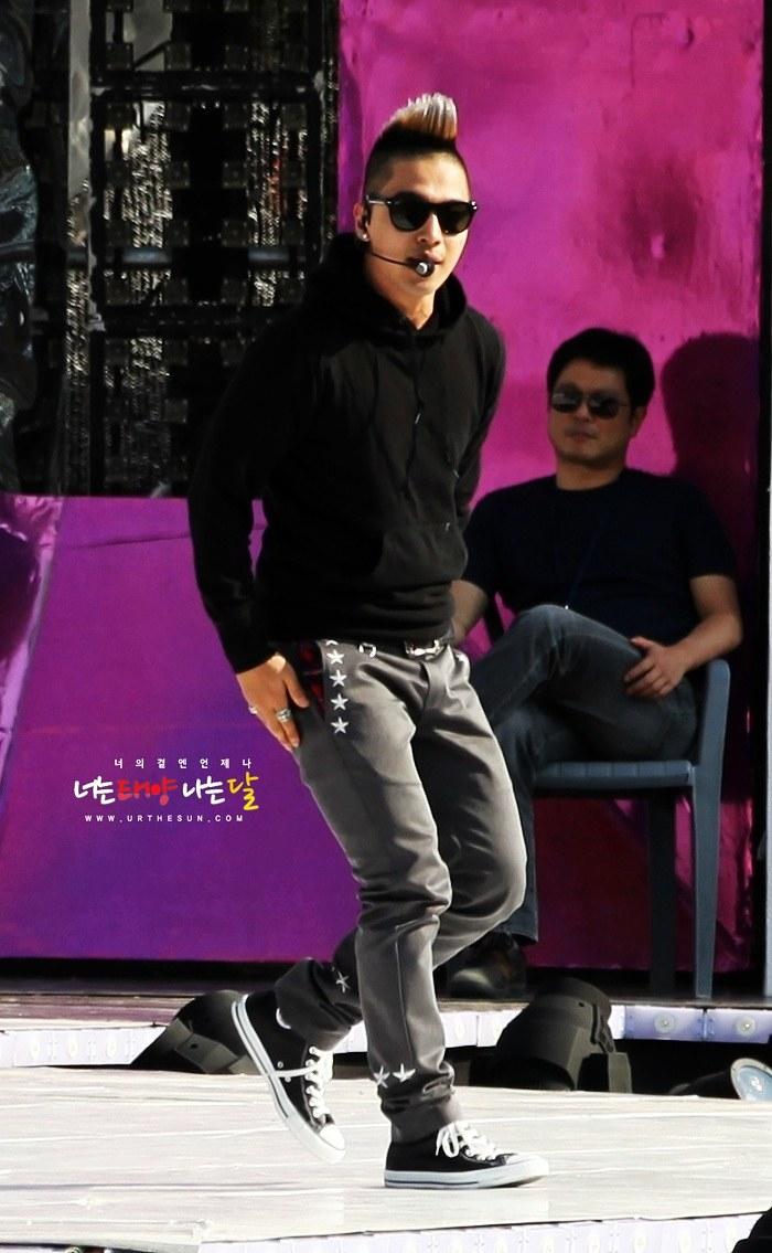 Taeyang  Photos - Page 2 Taeyang_014
