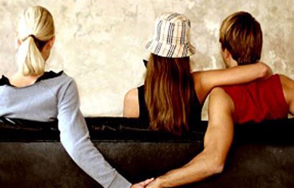لماذا يخون الرجال زوجاتهم مع نساء أقل جمالاً