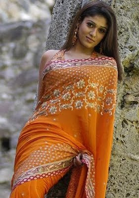 Nayanthara-latest-hot-saree-photos