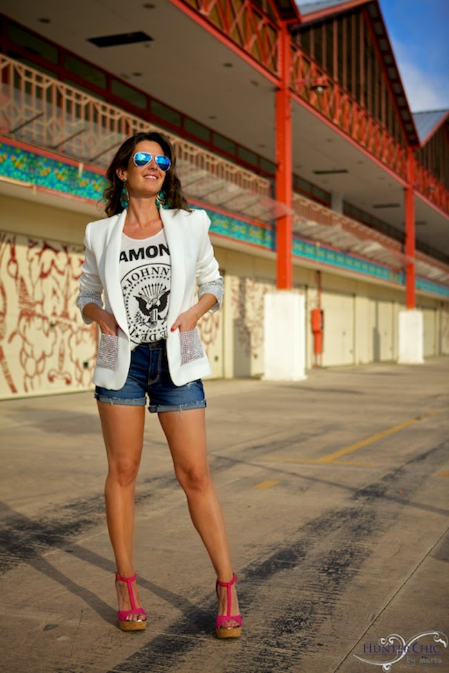Dolores Promesas-Los Ramones-Fashion blog-Marta Halcón de Villavicencio-HunterChic by marta