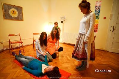 constelaţii familiale, coaching, lifecoaching, Gergely Edó, Bert Hellinger, terapie, retragere, comunitate, dezvoltare spirituala, Cluj-Napoca,