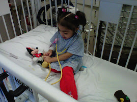 Brianna LOVES Mickey and Minnie Mouse!