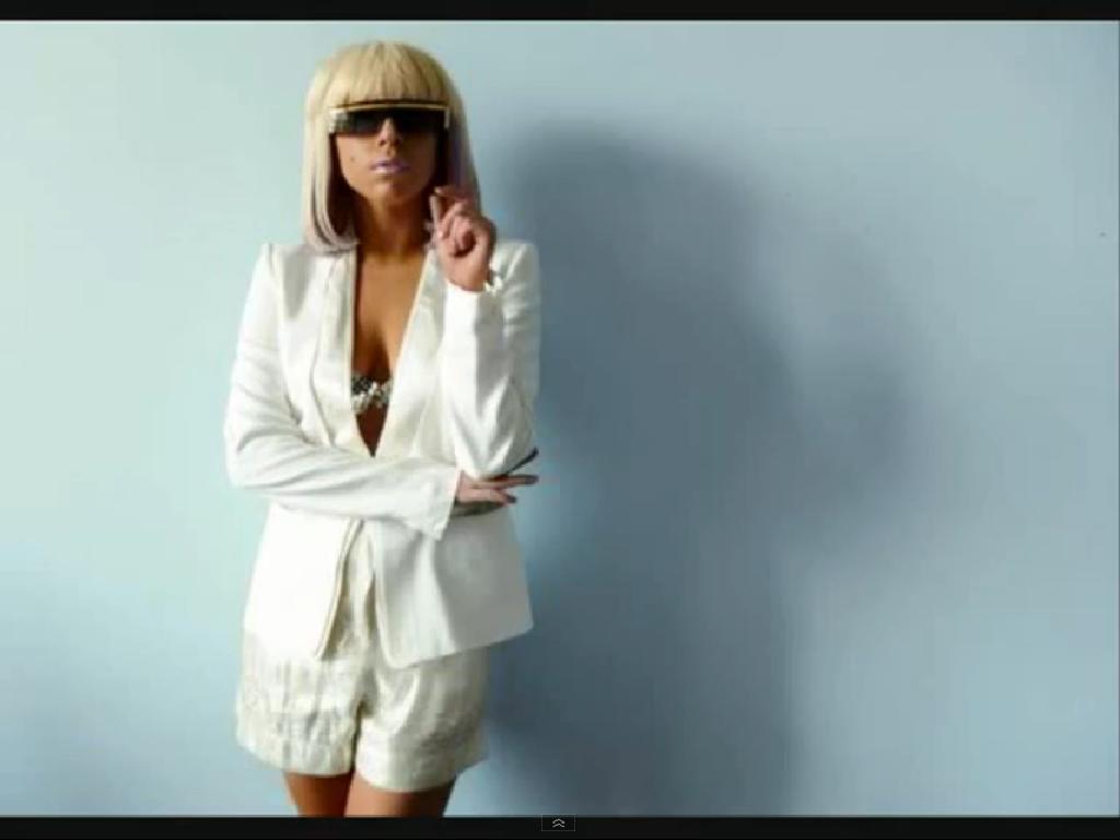 http://3.bp.blogspot.com/-rmgG1gvknp4/Tvh29cDvF1I/AAAAAAAAEME/IFLgX23ol_Q/s1600/lady-gaga-2012-tour.JPG