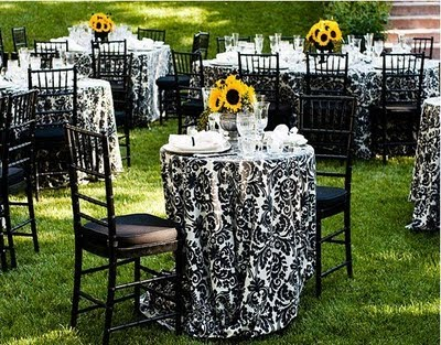 Motherwedding linens inexpensive wedding dresses for Outdoor cocktail party decorating ideas