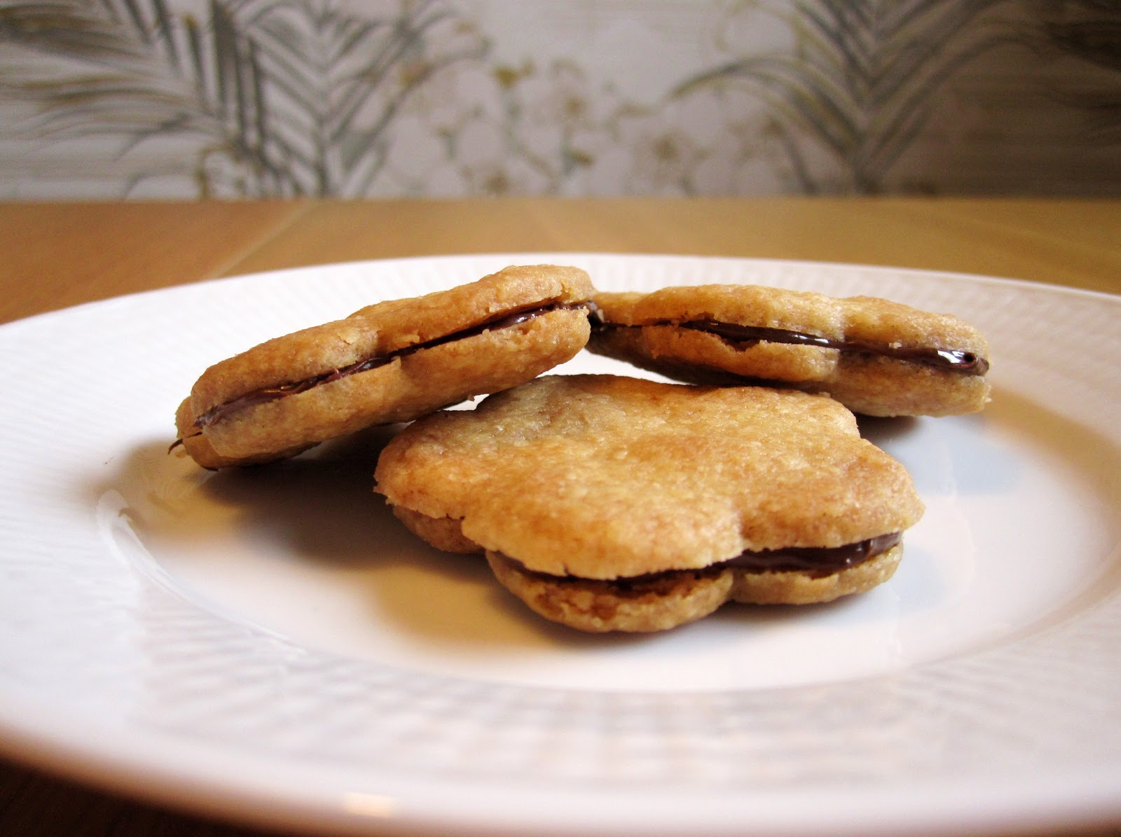 Soptunna Med Lock Kok : soptunna med lock kok  PA s kok Sproda kakor med nutellafyllning