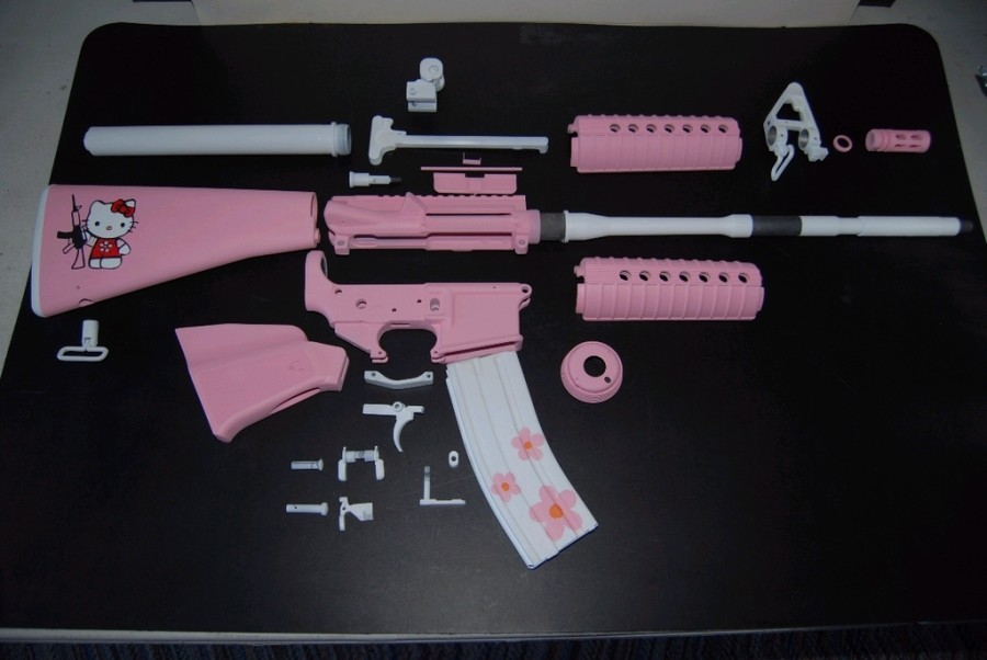 Pink Camo 9 Mm Pistol http://gunlovinalaskancatholicclub.blogspot.com/2011/08/pink-ones-kill-too-part-ii.html