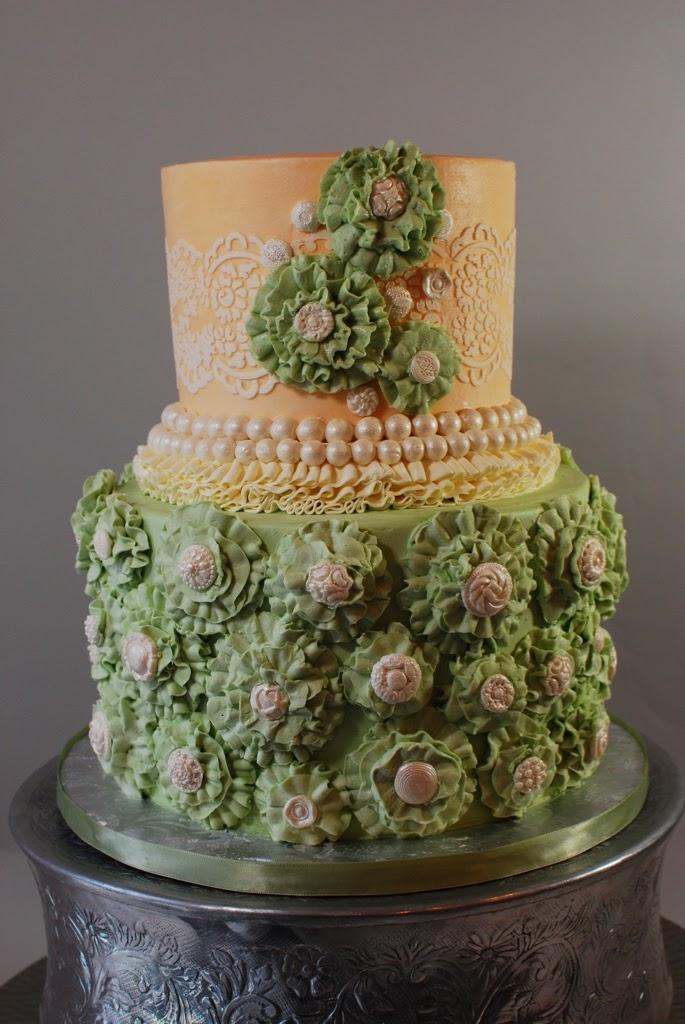 fondant and buttercream cakes