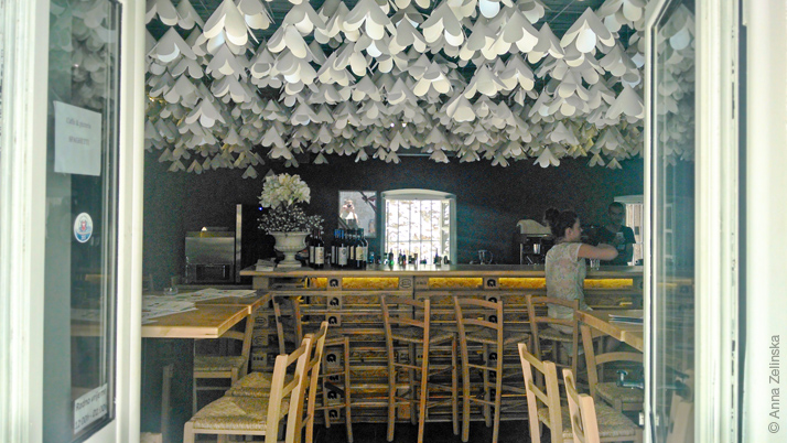 Кафе-бар в Старом городе, Будва