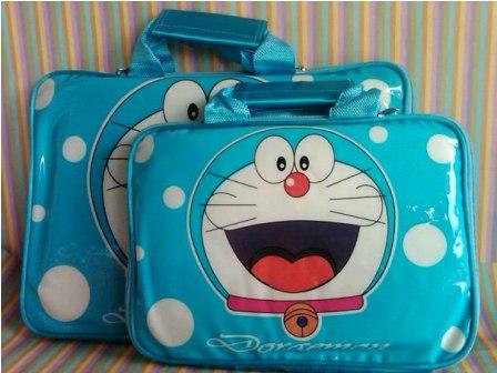 Tas Laptop Doraemon Glossy, tas laptop, tas doraemon, Busana, Tas, Pernak-Pernik, Aksesoris, Aksesoris Komputer, Doraemon, grosir pernak pernik, pernak pernik lucu, pernak pernik unik, pernak pernik komputer, pernak pernik laptop, tas doraemon murah, tas laptop doraemon, tas laptop murah, tas laptop lucu, tyas laptop unik, tas laptop unik dan lucu, tas laptop online, aksesoris laptop
