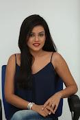 Mishti Chakraborthy latest dazzling pics-thumbnail-14