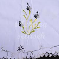 Telekung Vietnam bunga hitam-kelabu / daun hijau-kuning sulaman sisi