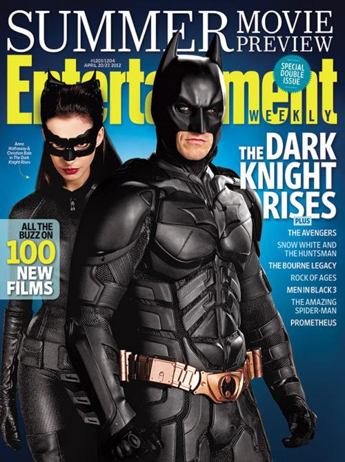 The Dark Knight Rises -  Batman (Christian Bale) e Catwoman (Anne Hathaway) na capa da Entertainment Weekly. Cover Entertainment Weekly Hi-res pic