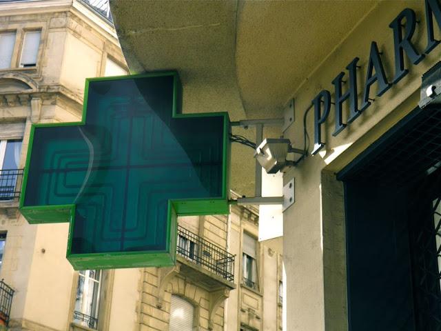 Pharmacie: In Frankreich ein grünes Kreuz