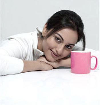Sonakshi Sinha Cute Smiling photo in white dress
