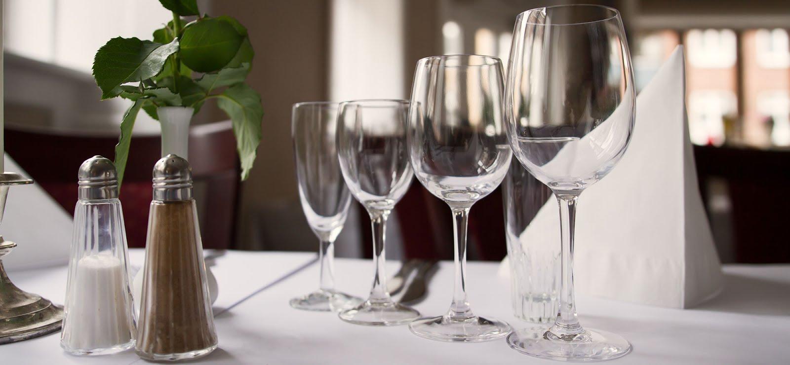 Kloge Hoveders vinsmagning med 9 USA Vestkyst vine  (295 kr) den 2. december 2016 kl. 17.30 - 20.15