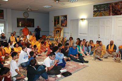Thanksgiving retreat with Siddheshvari Devi at Radha Madhav Dham 17