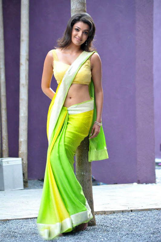 Kajal agarwal navel wallpaper in saree - Kajal agarwal in saree 