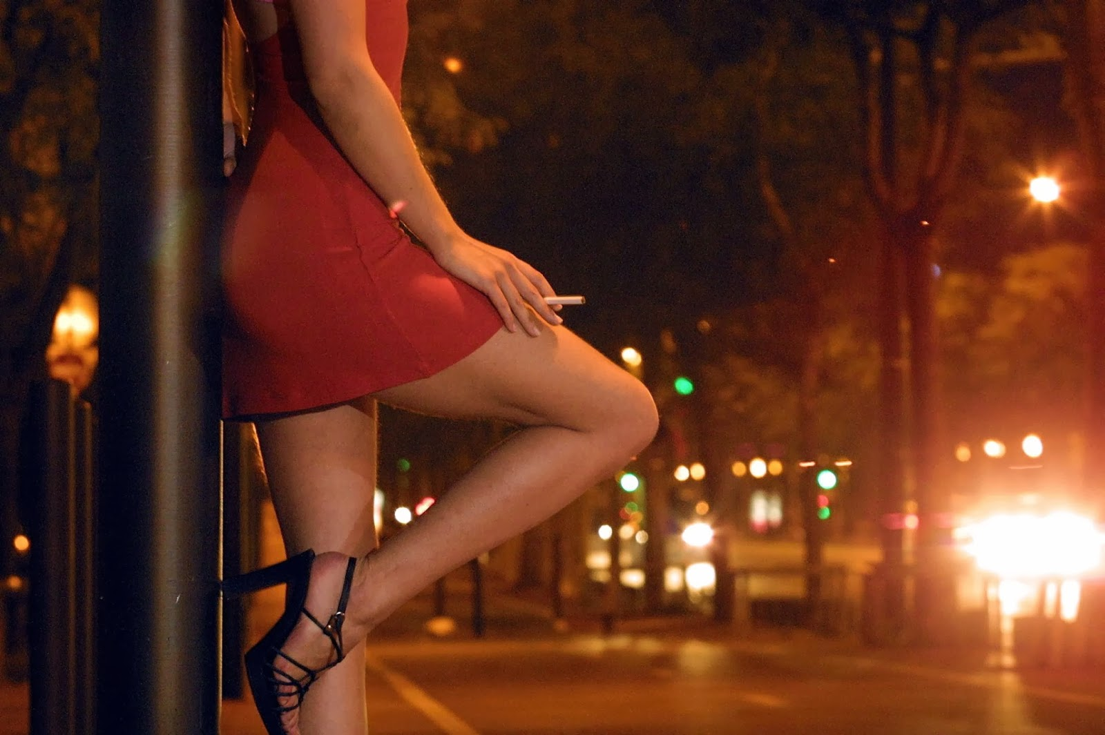the benefits of being a prostitute Here are top 10 reasons why prostitution should be legalized  some people believe that legalizing prostitution brings a lot of benefits not only for the workers .