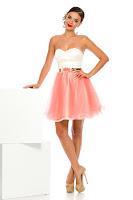 rochie scurta care iti evidentieze feminitatea